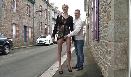 لزبین در خورد با سرعت حرکت کردن, عکس کس و سکس در حالی که نوک سینه خود را حلقه.