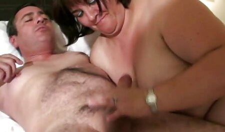 سینه کانال عکسهای سکسی کلان, سبزه, Romi شستشو با بدن گرم او
