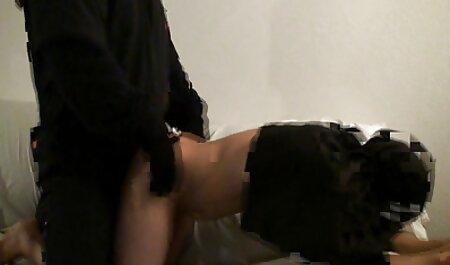 نونوجوان هیجان زده کار جدیدترین عکس سکسی می کند در بیدمشک مودار او