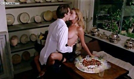 سیگار کشیدن, دخترک معصوم, انگشت, کیر در یک عکسهای سکسی توپ مهمانی
